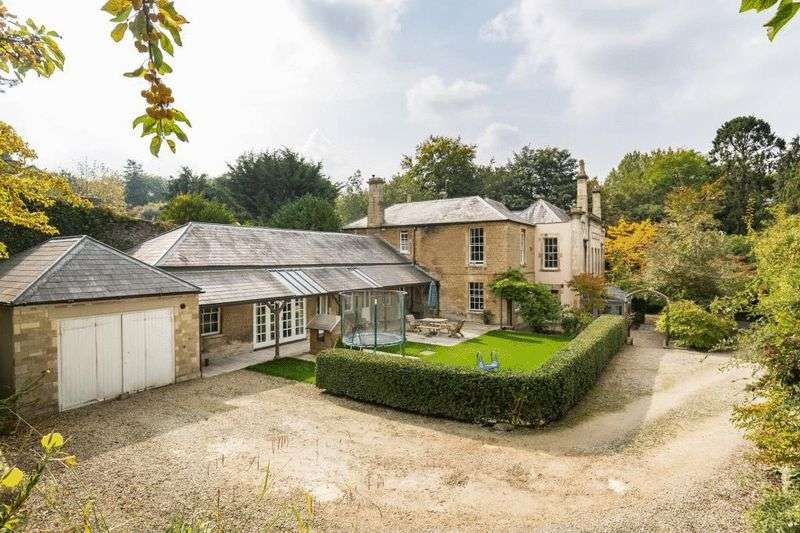 5 Bedrooms Property for sale in Welshmill Road, Frome