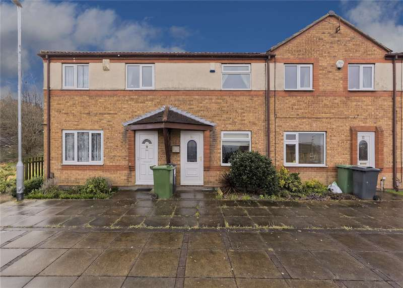 2 Bedrooms Terraced House for sale in Musgrave View, Bramley, Leeds, West Yorkshire, LS13