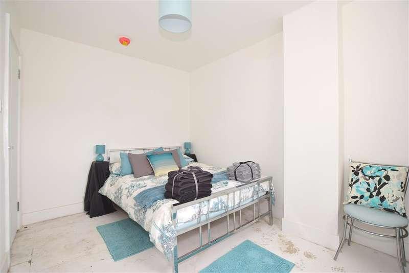 2 Bedrooms Flat for sale in Cross Street, , Sandown, Isle of Wight