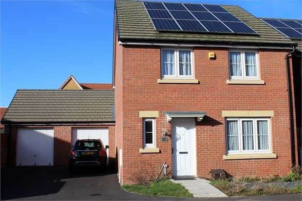 4 Bedrooms Detached House for sale in Mendip Road, Weston-super-Mare, BS23 3HB