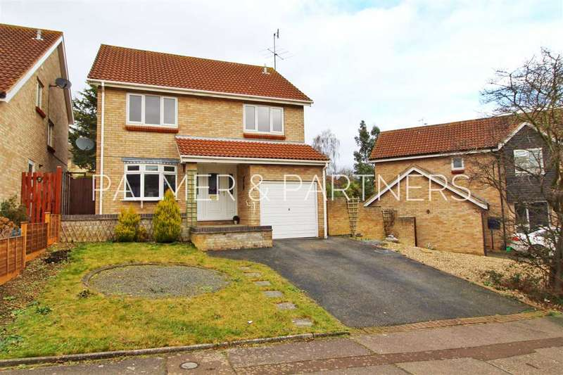 4 Bedrooms Detached House for sale in Dunnock Way, Longridge Park, Colchester