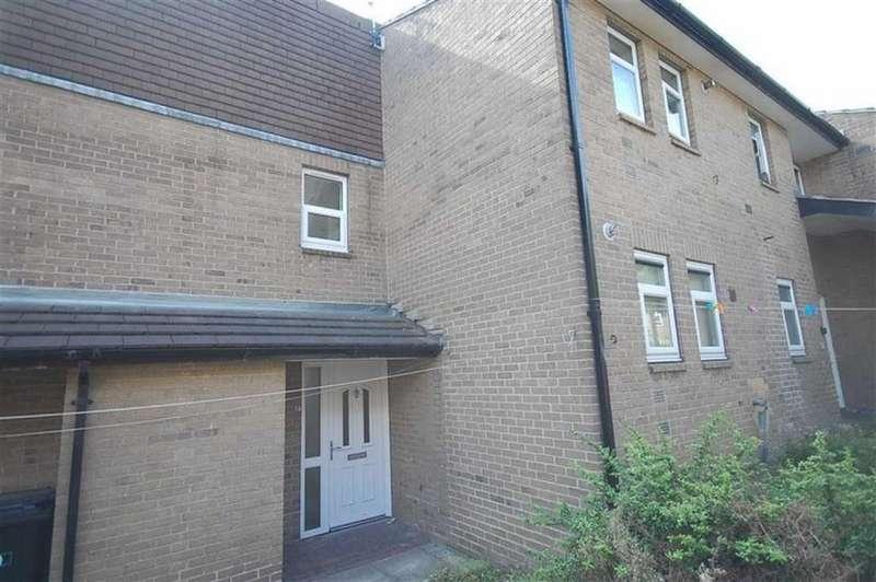 1 Bedroom Apartment Flat for sale in Halliley Gardens, Eightlands, Dewsbury, WF13