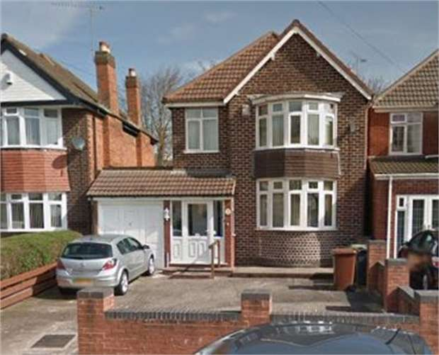 3 Bedrooms Semi Detached House for sale in Delves Road, Walsall, West Midlands