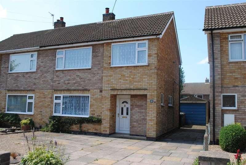 3 Bedrooms Semi Detached House for sale in Dunster Road, Mountsorrel