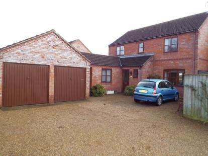 4 Bedrooms Detached House for sale in Wretton, Norfolk
