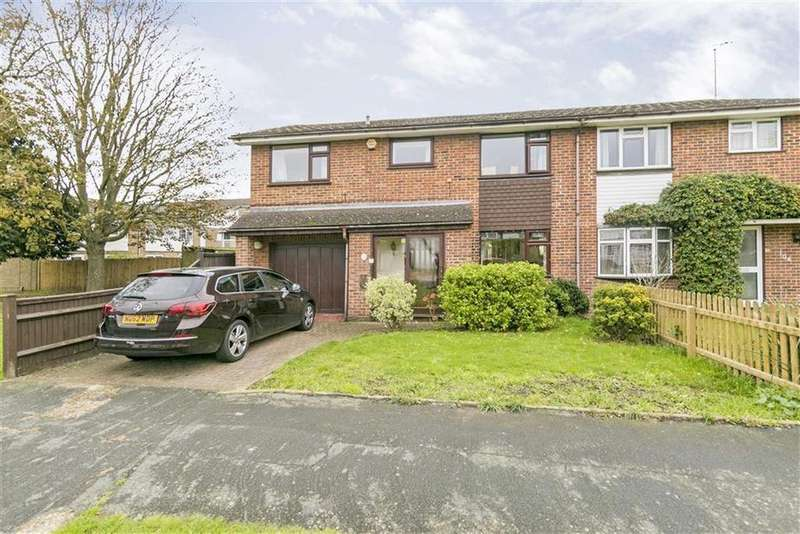 4 Bedrooms Semi Detached House for sale in Amis Avenue, West Ewell, Surrey