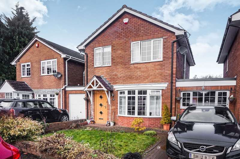 3 Bedrooms Detached House for sale in Croesonen Parc, Abergavenny, NP7