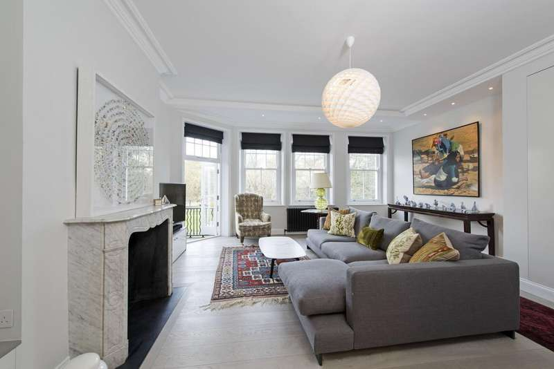 3 Bedrooms Flat for sale in Prince of Wales Drive, SW11