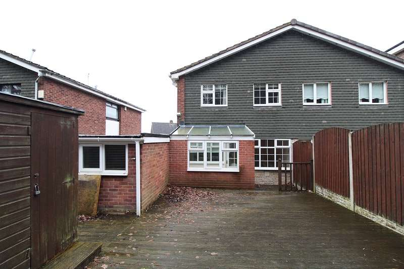 3 Bedrooms Semi Detached House for sale in Ashenhurst Road, Dudley, West Midlands, DY1