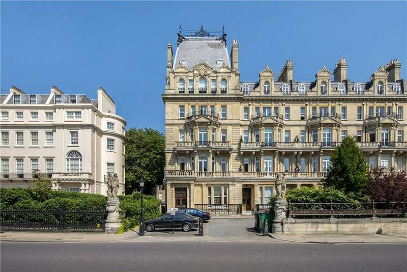 2 Bedrooms Flat for sale in Cambridge Gate, London, NW1