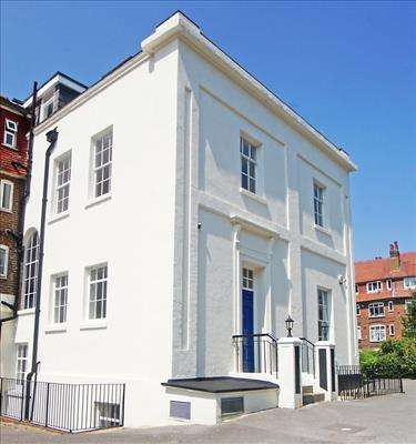 2 Bedrooms Apartment Flat for sale in Regency House, Grosvenor Square