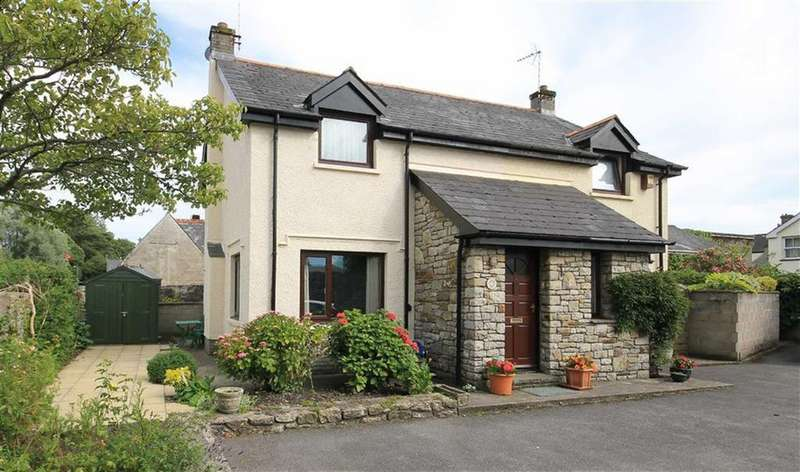 2 Bedrooms Mews House for sale in Taynton Mews, Cowbridge, Vale Of Glamorgan