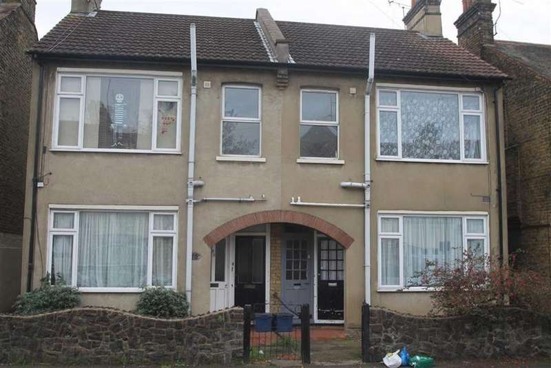 1 Bedroom House for sale in Maldon Road, Southend On Sea, Essex