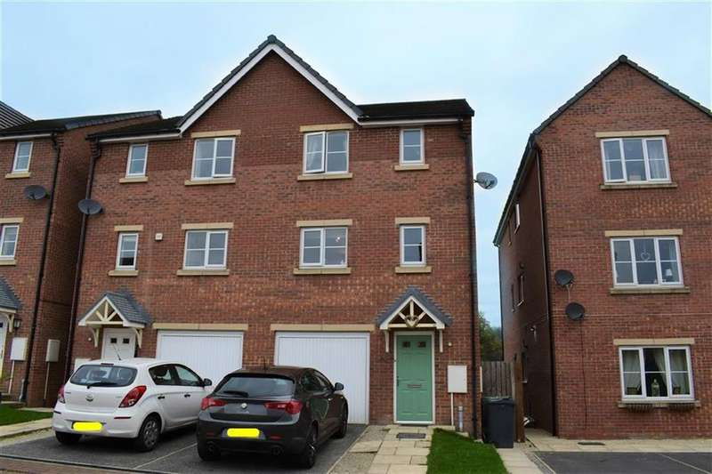 4 Bedrooms Semi Detached House for sale in Blackthorn Way, Scissett, Hudderfield, HD8