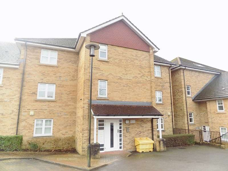 2 Bedrooms Flat for sale in Park Street, Bridgend. CF31 4BB