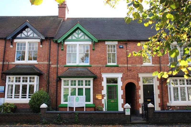 4 Bedrooms Terraced House for sale in Albert Road, Tamworth