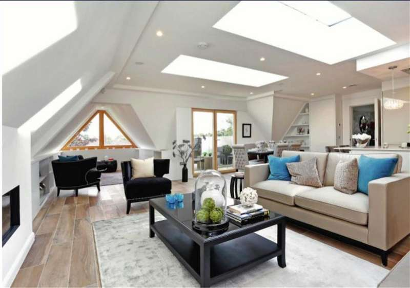 2 Bedrooms Penthouse Flat for rent in Totteridge Lane, London, N20