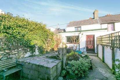 1 Bedroom End Of Terrace House for sale in Stanley Terrace, Llanllechid, Gwynedd, LL57