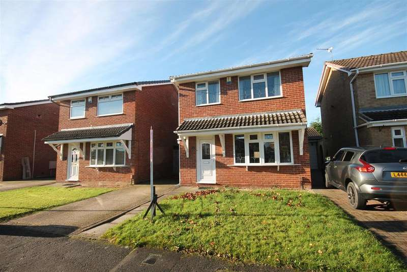 3 Bedrooms Detached House for sale in Harebell Close, Ingleby Barwick, Stockton-On-Tees