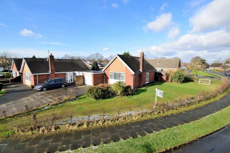 3 Bedrooms Detached Bungalow for sale in Lowther Avenue, Culcheth, Warrington