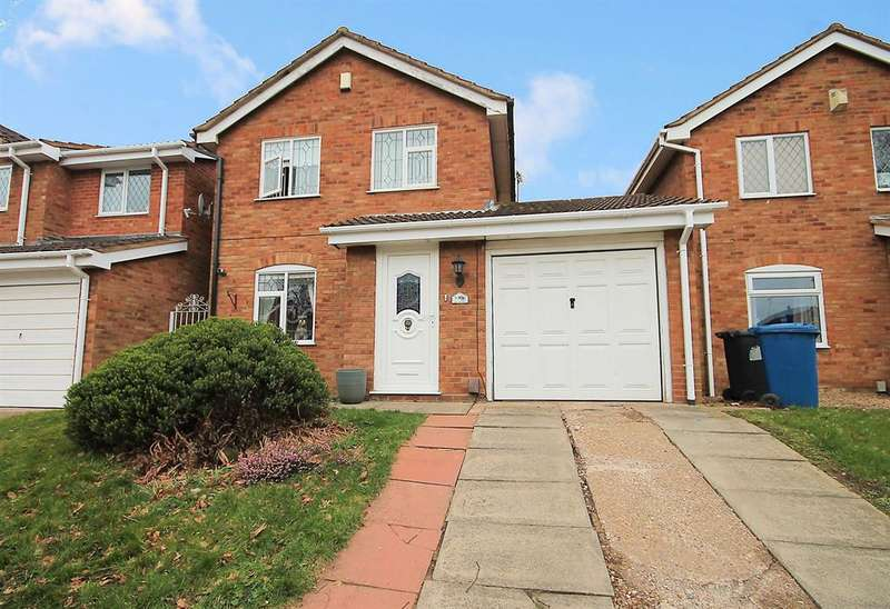 3 Bedrooms Detached House for sale in Houting, Dosthill, Tamworth, B77 1PB