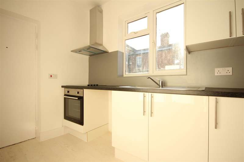 2 Bedrooms Apartment Flat for sale in Tubbs road, London