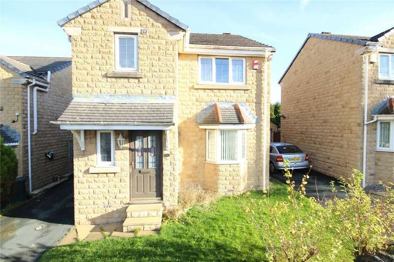 3 Bedrooms Detached House for sale in Hollybank Road, Bradford, West Yorkshire, BD7