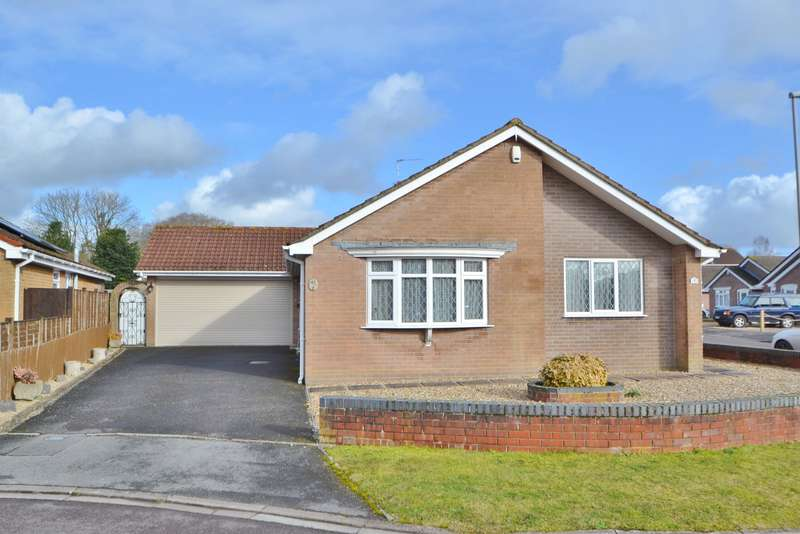 3 Bedrooms Bungalow for sale in Three Legged Cross
