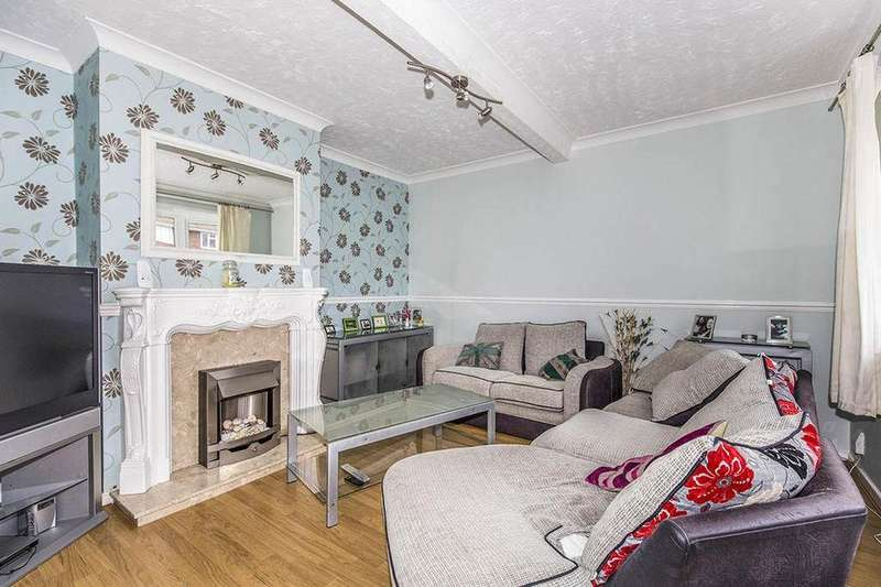 3 Bedrooms Semi Detached House for sale in Feetham Avenue, Darlington