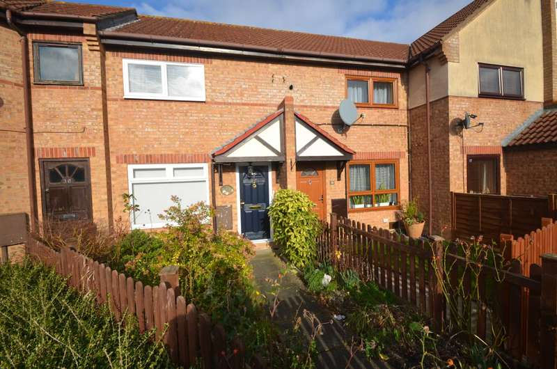 2 Bedrooms Terraced House for sale in Kents Hill