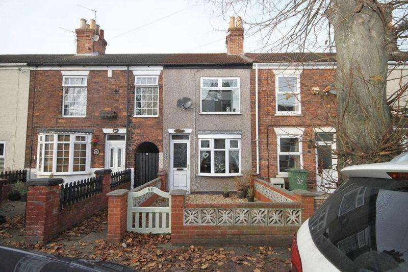 2 Bedrooms Terraced House for sale in HIGHGATE, CLEETHORPES