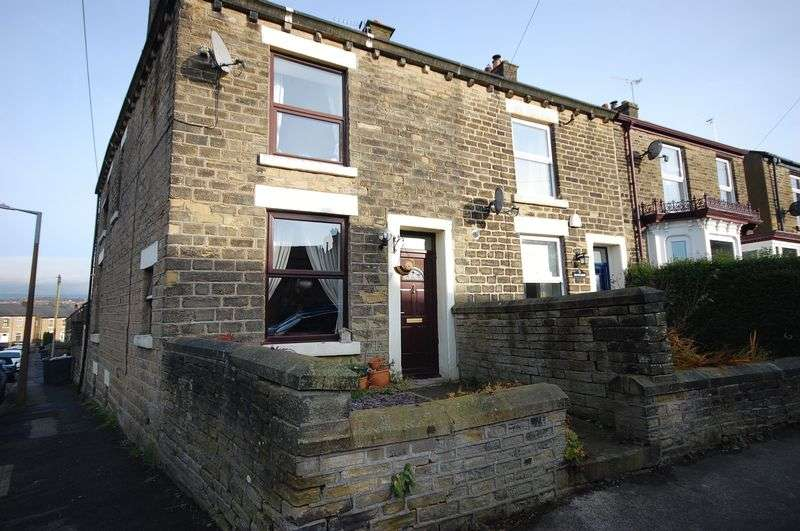 3 Bedrooms Property for sale in Pikes Lane, Glossop