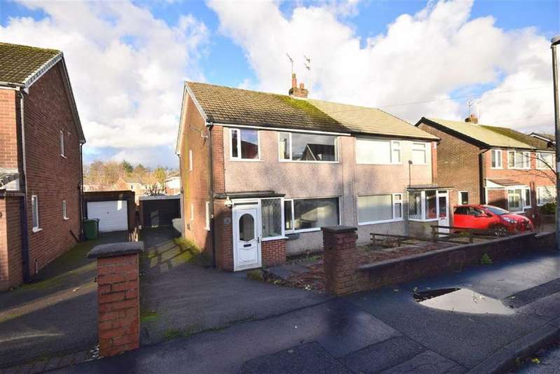 3 Bedrooms Semi Detached House for sale in Cornwall Road, Rishton, BB1