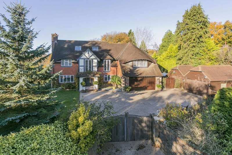 6 Bedrooms Detached House for sale in Back Lane, Cross In Hand