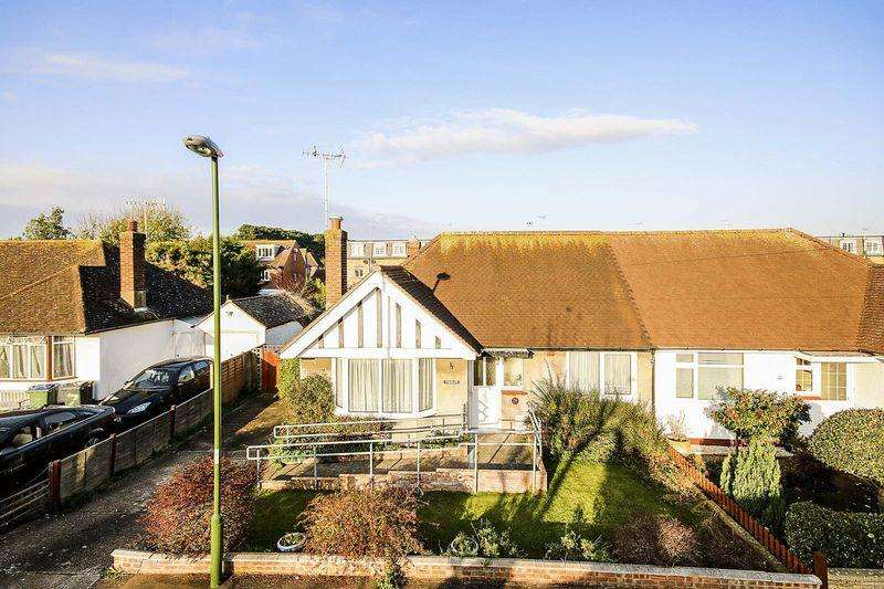 3 Bedrooms Semi Detached Bungalow for sale in Rustington