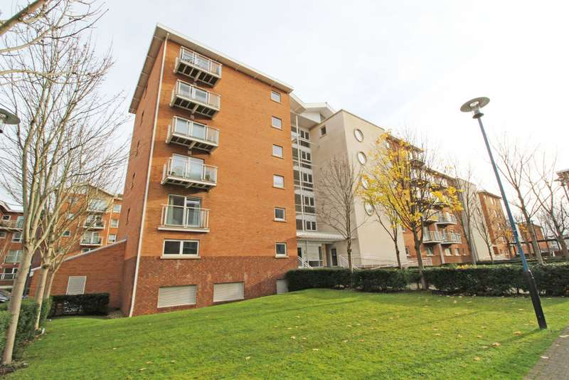 2 Bedrooms Property for sale in Geneva House, Penstone Court, Century Wharf, Cardiff Bay