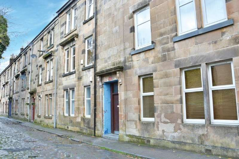 2 Bedrooms Flat for sale in G/L, 7 McIntyre Place, Paisley, PA2 6EE