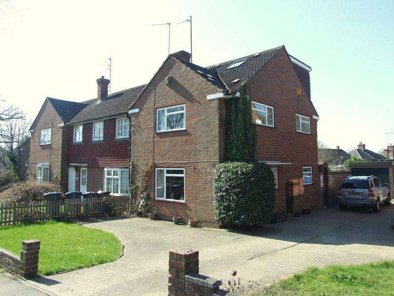 4 Bedrooms End Of Terrace House for sale in Newton Road, Lindfield, West Sussex
