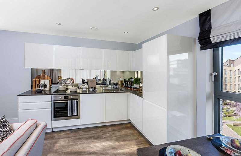 1 Bedroom Apartment Flat for sale in Block D, Charter Square, Staines Upon Thames, Surrey, TW18