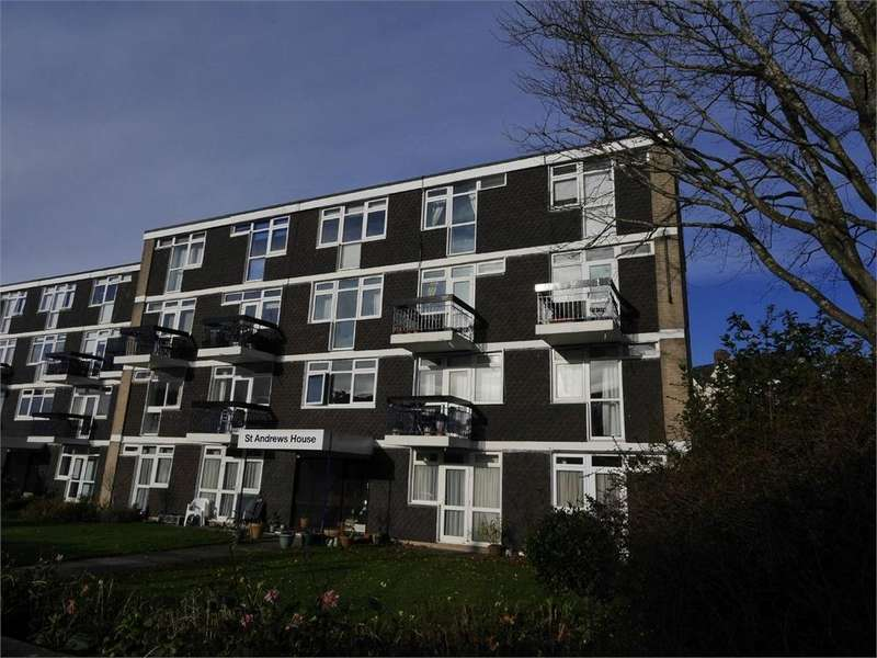 2 Bedrooms Flat for sale in Bradford Place, Penarth