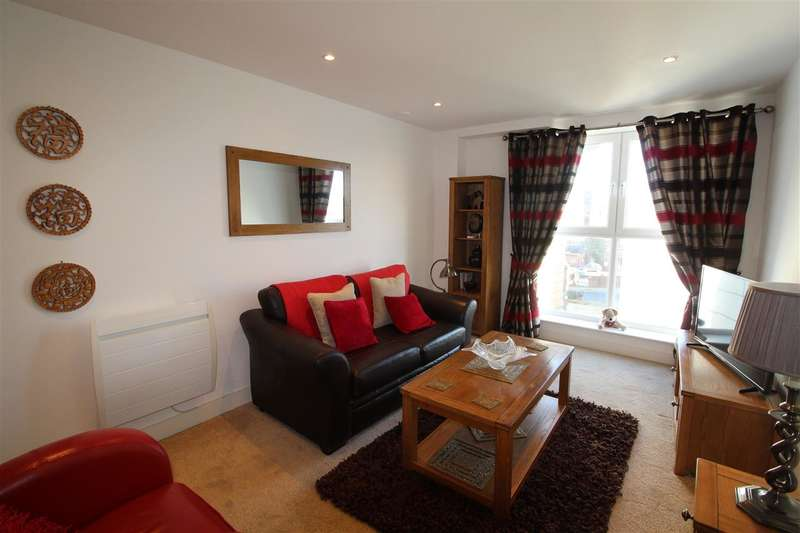 1 Bedroom Apartment Flat for sale in The Cambria, Ipswich Waterfront. More details at www.nicholasestates.co.uk