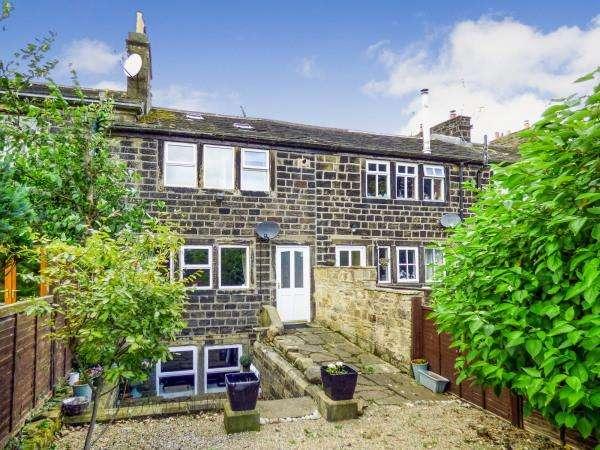 2 Bedrooms Cottage House for sale in 35 Bridge Street, Oakworth BD22 7PX