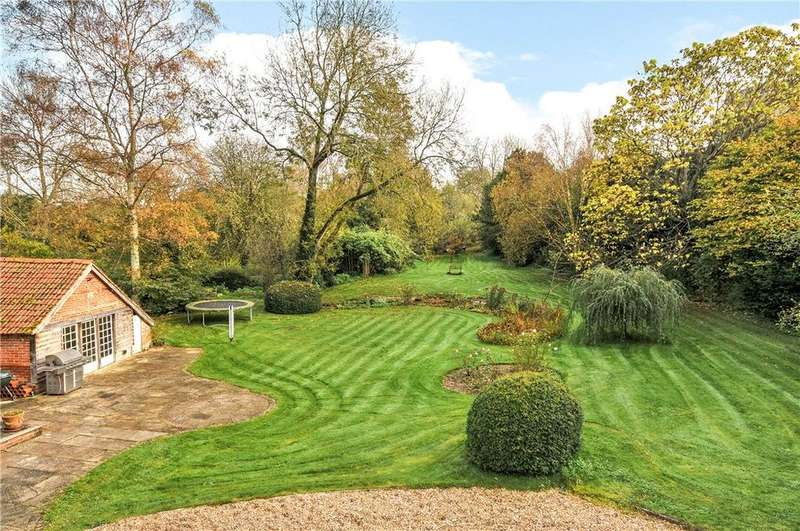 4 Bedrooms Detached House for sale in Church Road, Nether Wallop, Stockbridge, Hampshire, SO20