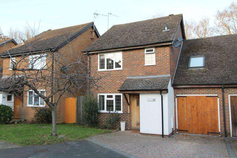 4 Bedrooms Link Detached House for sale in Godalming