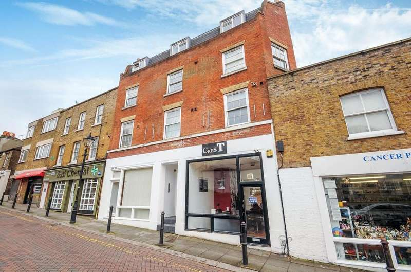 2 Bedrooms Flat for sale in Roehampton High Street, Roehampton