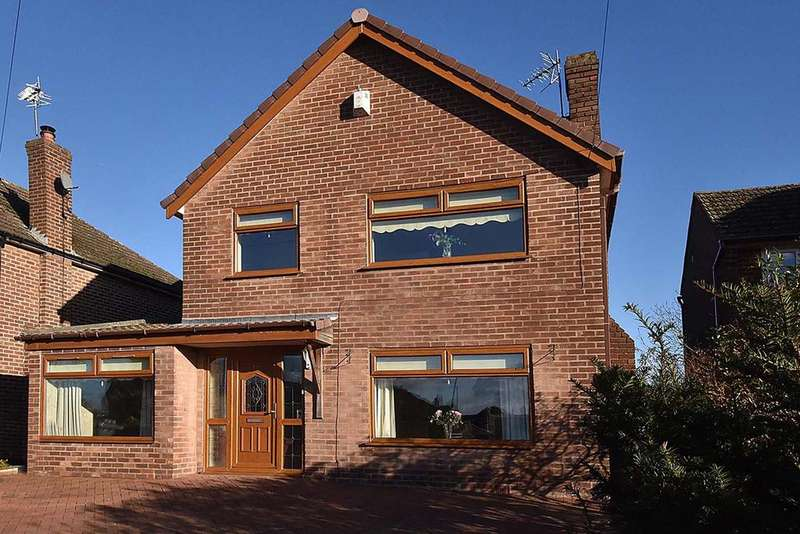 4 Bedrooms Detached House for sale in Beechmore, Moore