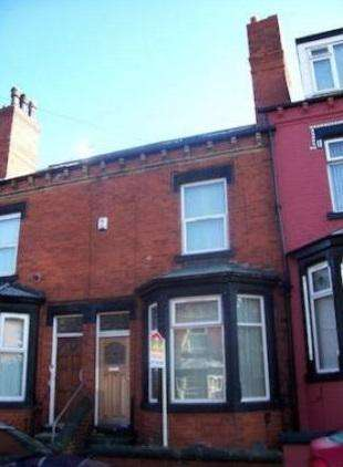4 Bedrooms House for sale in Hovingham Terrace, Leeds LS8