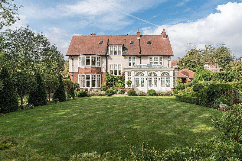 6 Bedrooms Detached House for sale in Chesters Close, Adderstone Crescent, Jesmond
