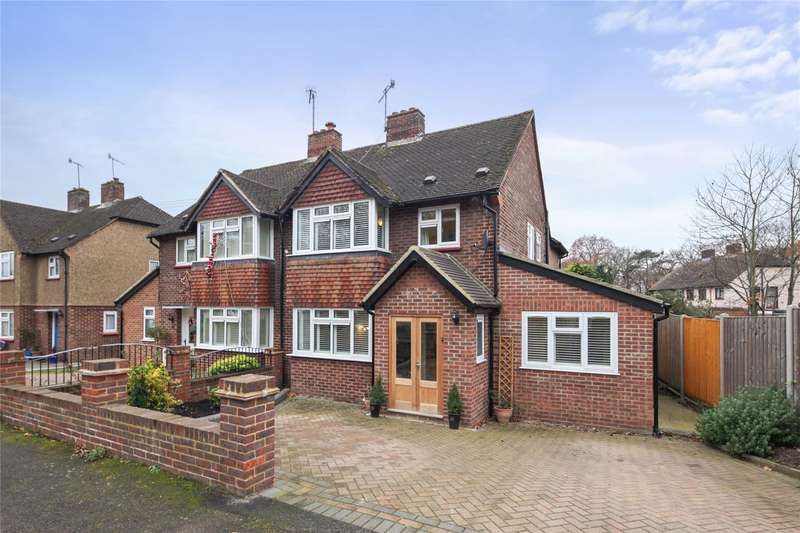 4 Bedrooms Semi Detached House for sale in Campbell Road, Weybridge, Surrey, KT13