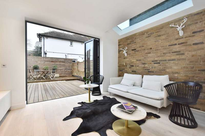 2 Bedrooms Flat for sale in Durham Road, W5